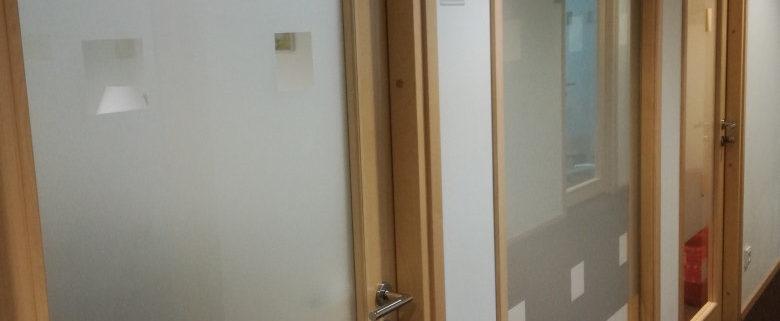 Liivapritsi kleebised bürooustele